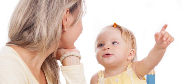 Como o Covid-19 pode afetar o atraso na fala e na escrita do seu filho?